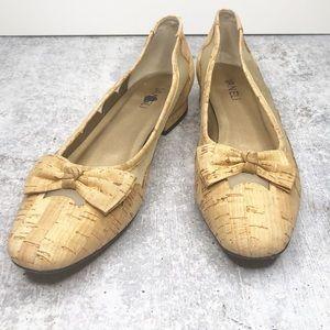 Vaneli Shoes Size 10